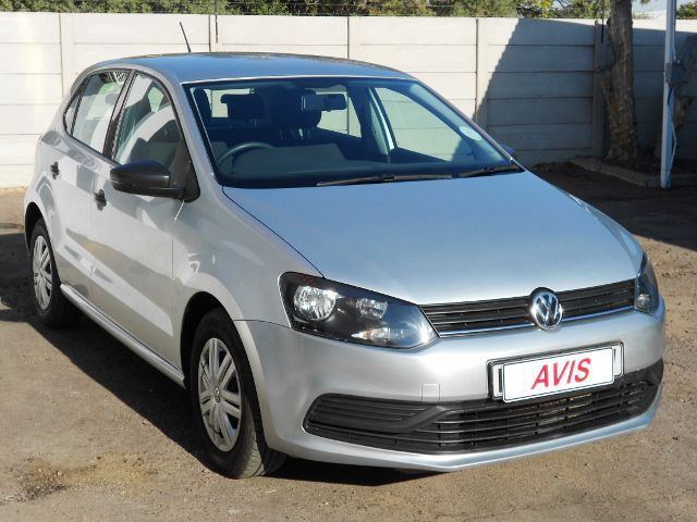 2017 volkswagen polo tsi for sale 33 000 km manual transmission avis. Black Bedroom Furniture Sets. Home Design Ideas