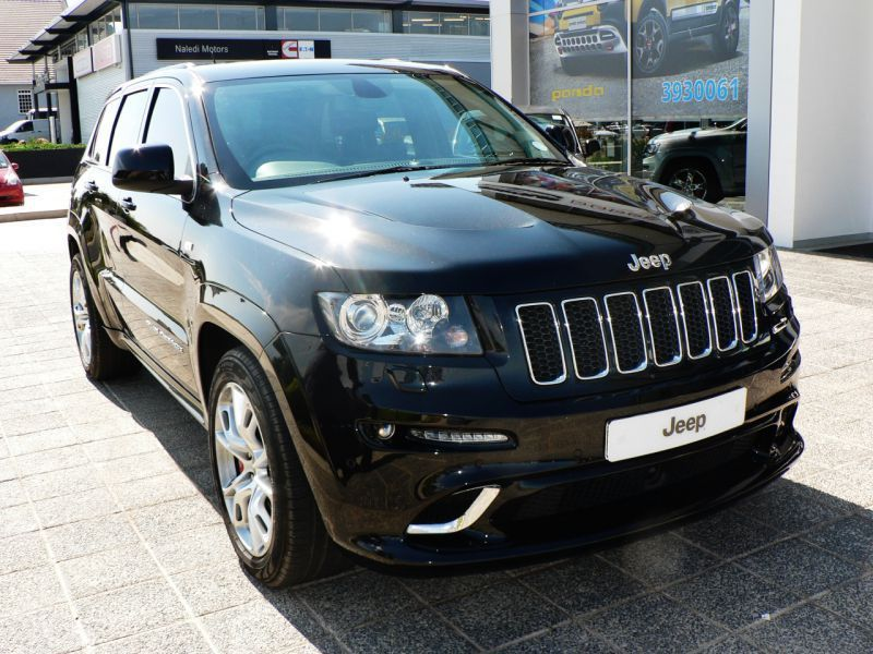 2013 jeep grand cherokee srt8 for sale 112 378 km automatic transmission molapo motors. Black Bedroom Furniture Sets. Home Design Ideas