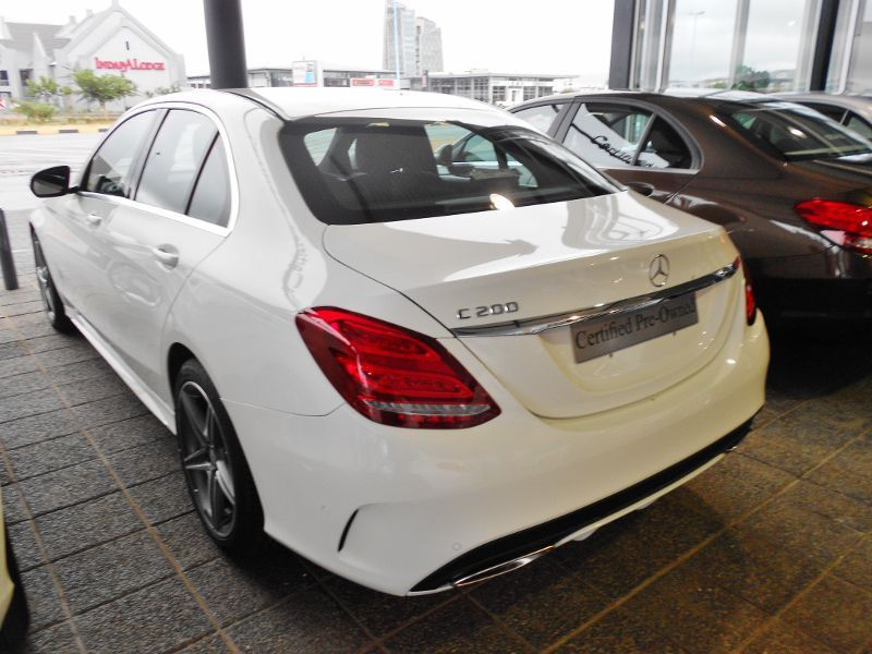 2017 mercedes benz c200 amg for sale 20 km automatic for Mercedes benz c200 2017