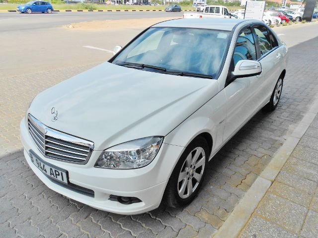 Used Mercedes-Benz C180 Kompressor  for sale in Gaborone, Botswana