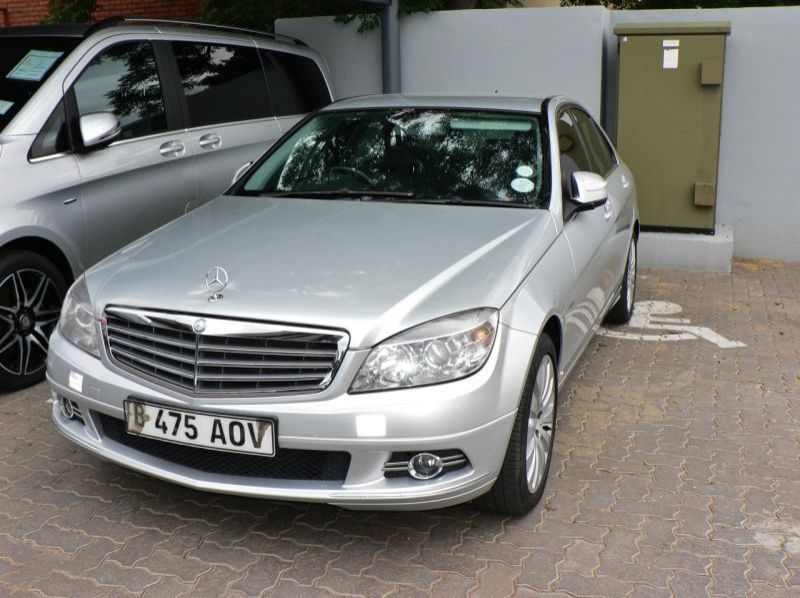 Used Mercedes-Benz C220 CDi  for sale in Gaborone, Botswana
