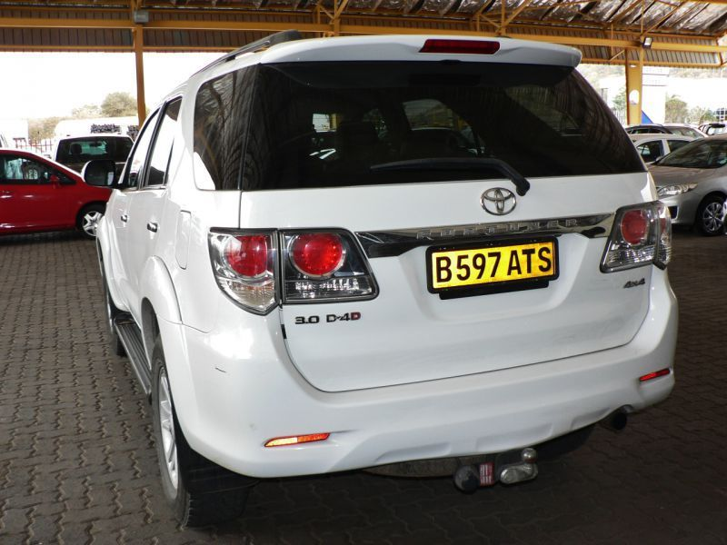 2011 Toyota Fortuner For Sale 165 158 Km Automatic