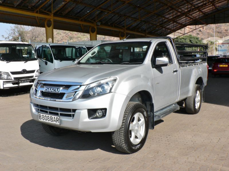 Used Isuzu KB300  for sale in Gaborone, Botswana