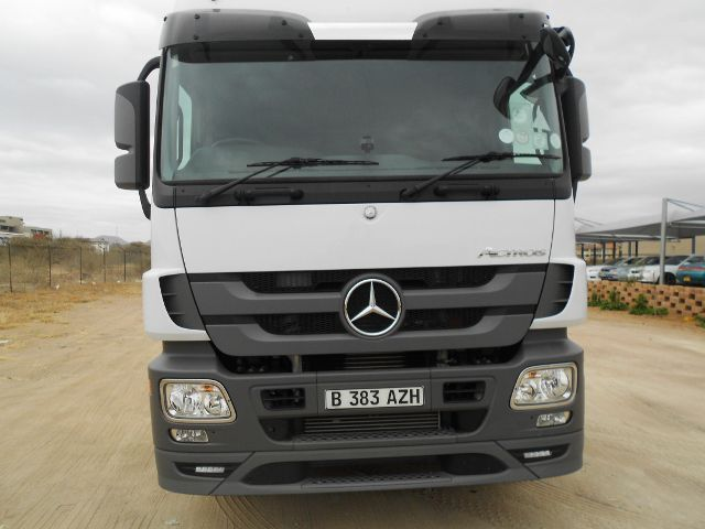 2014 Mercedes-Benz Actros 26 pictures