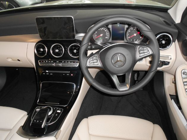 2017 Mercedes-Benz C180 pictures