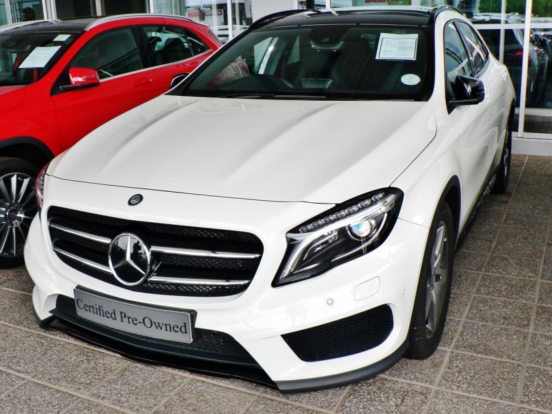 2015 Mercedes-Benz GLA 250 4- Matic