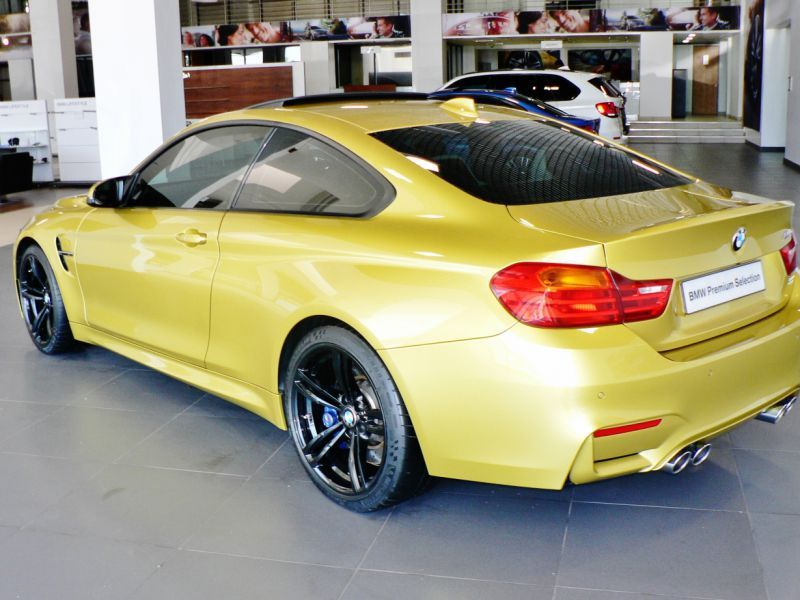 2014 bmw m4 coupe for sale 27 000 km automatic for Capital motors used cars