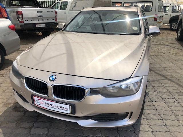 BMW 320d A/T in Paraguay