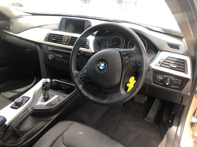 2014 BMW 320d A/T pictures