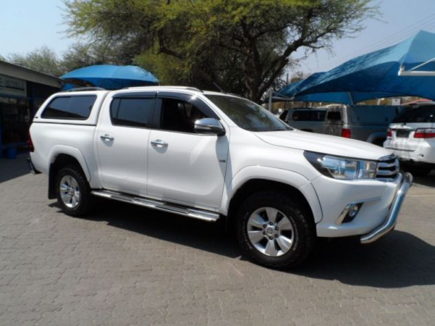 Toyota Hilux Raider 4.0 V6 4x4 Automatic in Paraguay