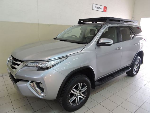 Toyota Fortuner 2.8 GD-6 4x4 6AT in Paraguay