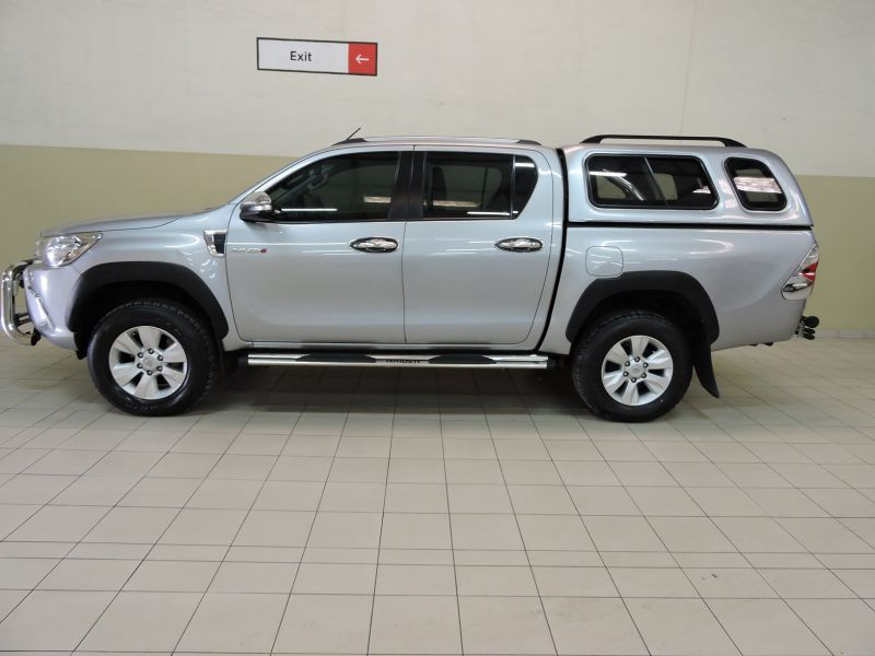 2016 Toyota Hilux 2.8 DC GD-6 4X4 AT pictures