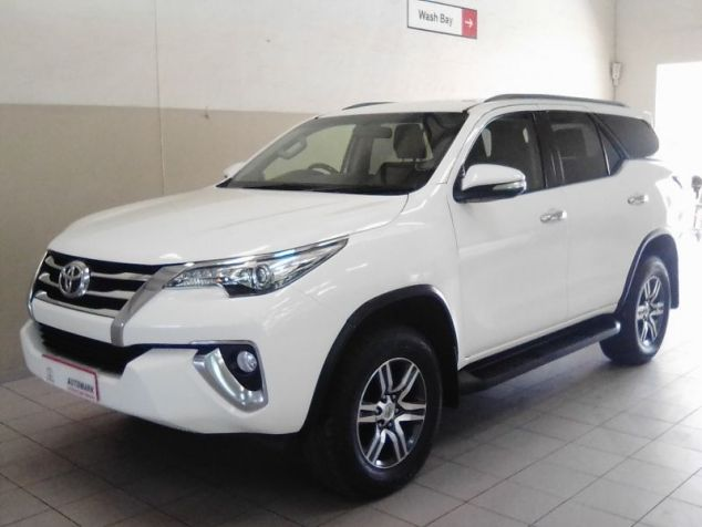 Toyota Fortuner 2.8 GD-6 A/T 4x4 in Paraguay