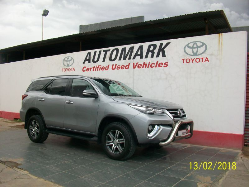 2016 Toyota 2.8 FORTUNER 4X4 MANUAL pictures