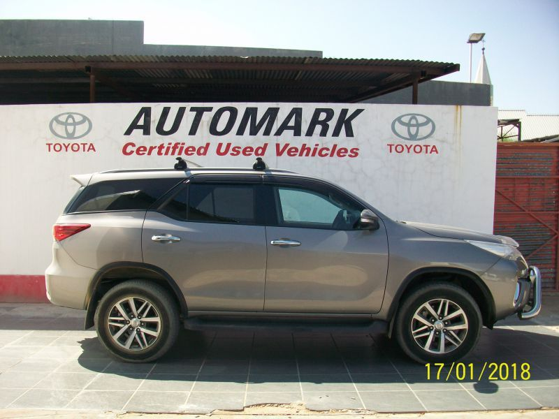Toyota 2.8 TOYOTA FORTUNER AUTOMATIC 4X4 in Paraguay