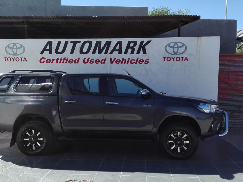 Toyota 2.8 Hilux double cab manual 4X4 in Paraguay
