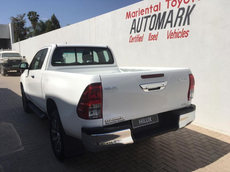 2018 Toyota Brand new Hilux 2.8GD6 XC Raider 4x4 AT pictures