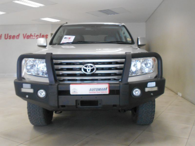 Toyota LAND CRUISER in Paraguay