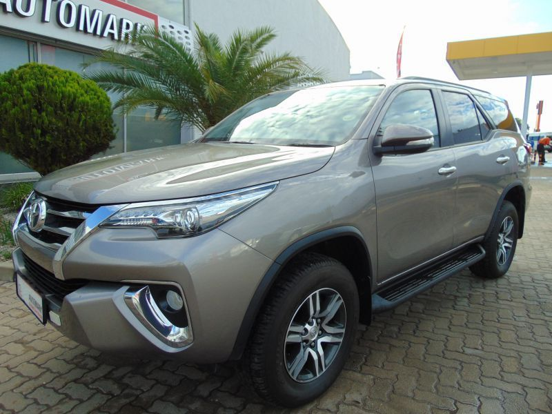 2017 Toyota FORTUNER 2.8 GD-6 4x4 6MT (W29)