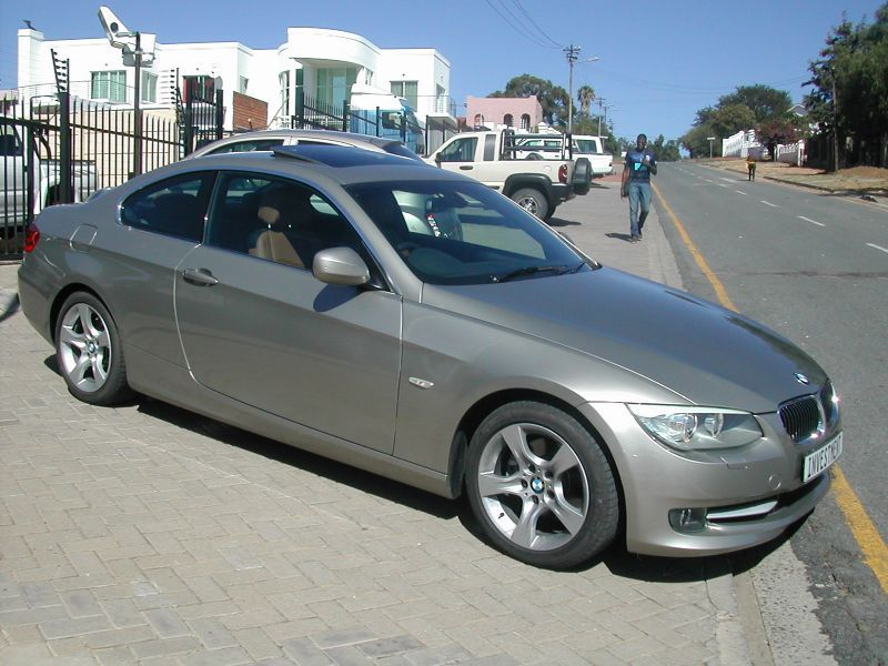 2012 BMW 325i pictures