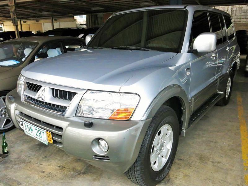 2004 Mitsubishi Pajero 4x4 For Sale 1 Km Automatic