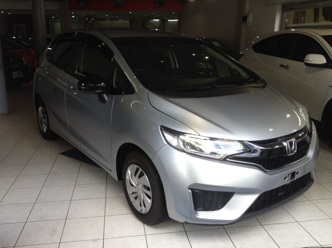 Used Honda FIT - SILVER for sale in Rose Hill, Mauritius