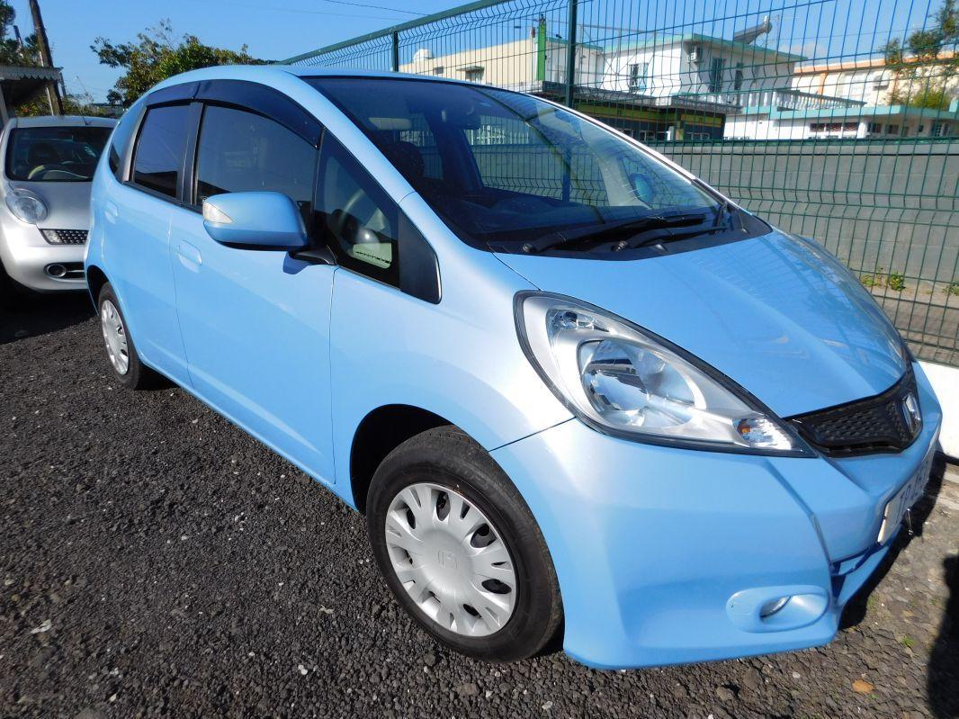 2012 honda fit blue for sale 43 000 km automatic transmission lumiere auto ltd. Black Bedroom Furniture Sets. Home Design Ideas
