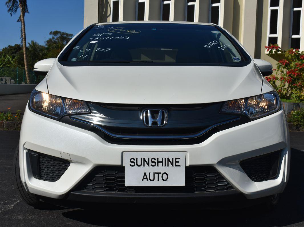 2014 Honda Fit Hybrid New Shape For Sale 12 246 Km