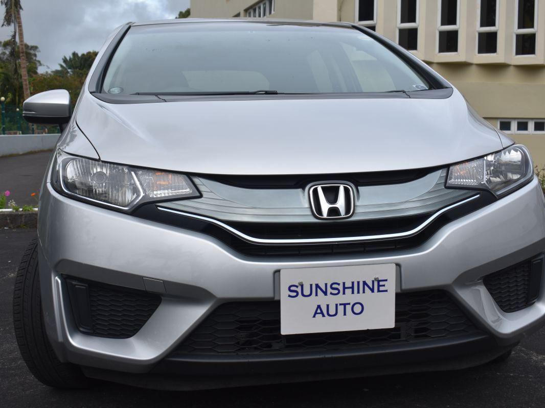 2014 Honda Fit Hyrbid New Shape For Sale 33 997 Km