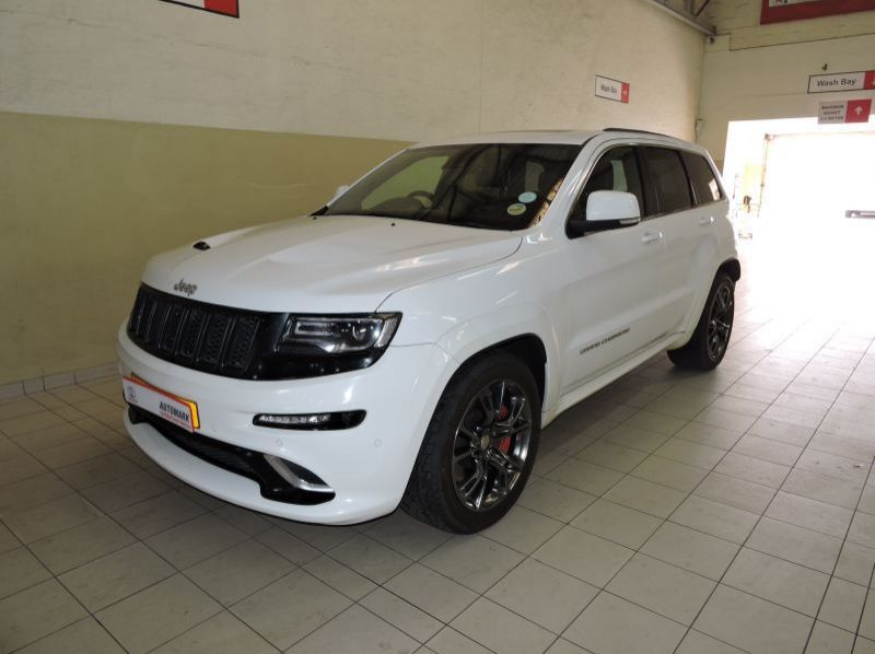 Used Jeep Grand Cherokee V8 SRT 6.7  for sale in Windhoek, Gobabis, Walvis Bay, Okahandja, Ongwediva, Otjiwarongo, Mariental, Namibia