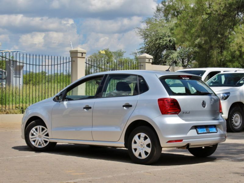 2016 volkswagen polo tsi for sale 42 532 km manual transmission avis car sales ex zeda. Black Bedroom Furniture Sets. Home Design Ideas