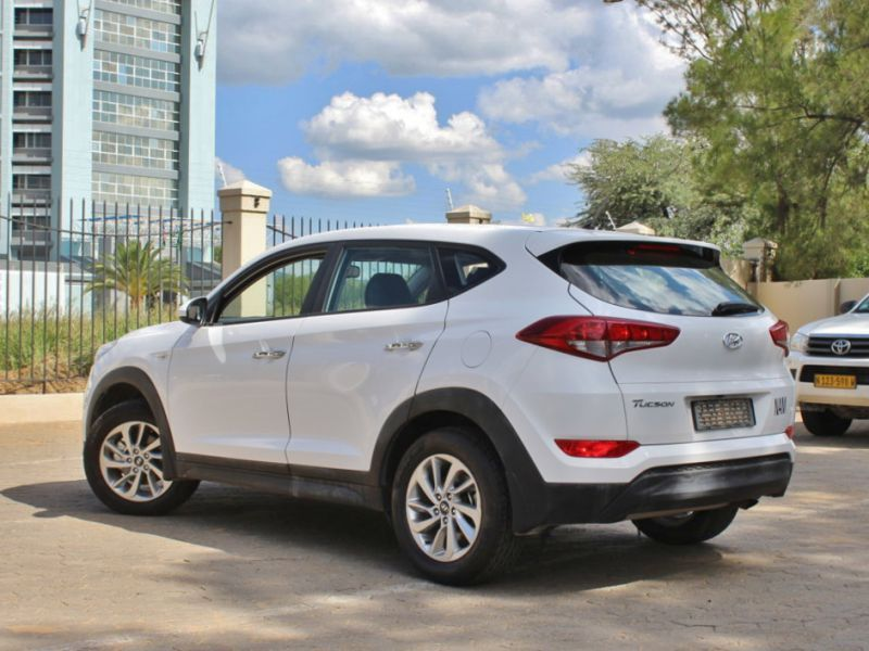 2016 hyundai tucson premium for sale 48 873 km manual transmission avis car sales. Black Bedroom Furniture Sets. Home Design Ideas