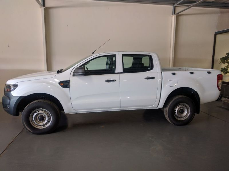 Ford Ranger 2.2l Base 4x2 Mt >> Ford Ranger Brand New 2.2TDCI Double Cab Base 5MT 4X2 in Paraguay