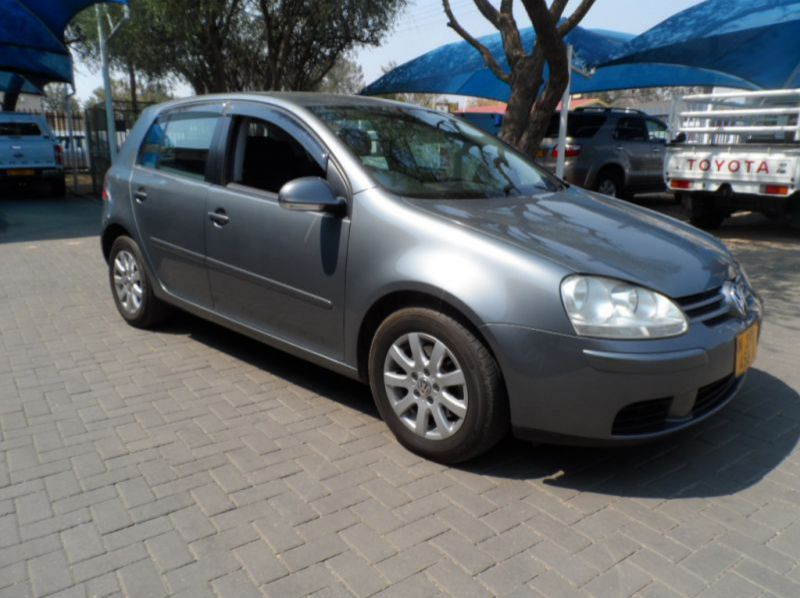 Used Volkswagen Golf 5 2.0 FSi Auto  for sale in Windhoek, Namibia