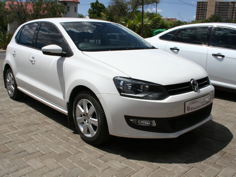 2014 volkswagen polo 1 6 comfortline 5 door manual for sale 38 000 km manual transmission. Black Bedroom Furniture Sets. Home Design Ideas