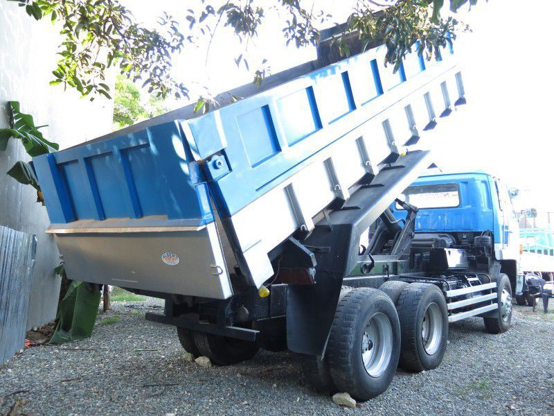 2016 isuzu dump truck for sale 1 km asps motor sales. Black Bedroom Furniture Sets. Home Design Ideas