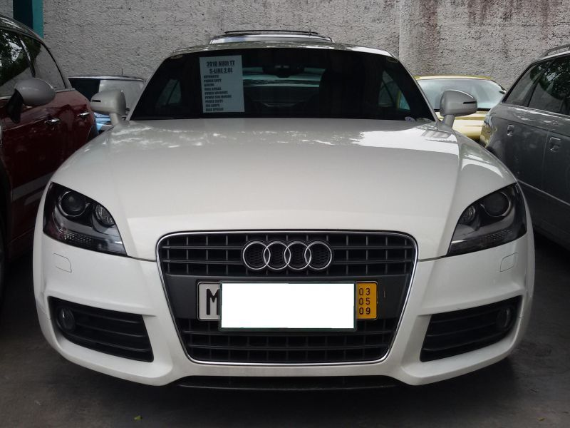 2010 audi tt s line for sale 17 037 km automatic. Black Bedroom Furniture Sets. Home Design Ideas