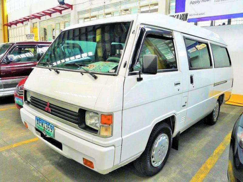 fa537aea49afab 2010 Mitsubishi L300 Versa Van for sale