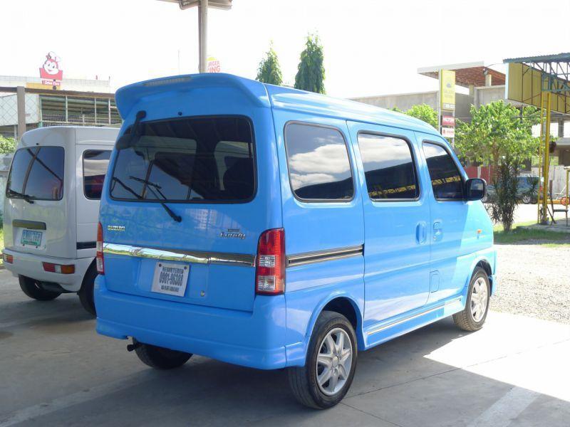 Suzuki Landy Interior