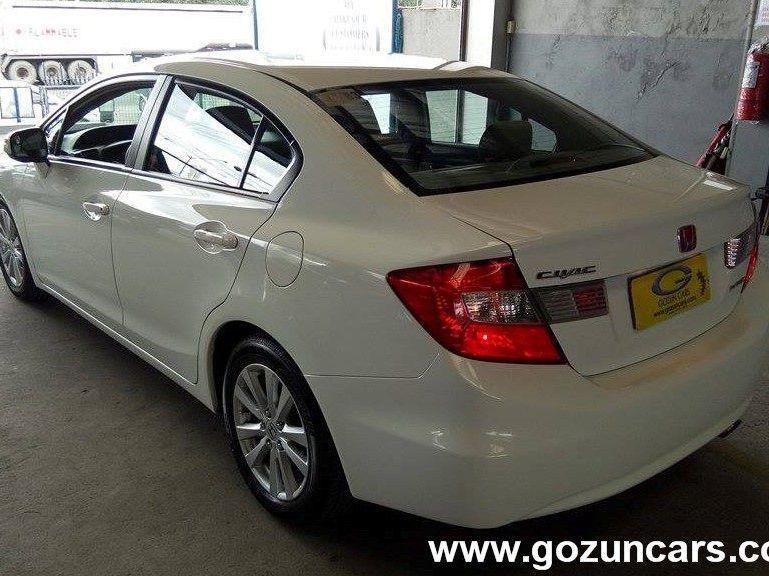 2013 honda civic for sale 24 000 km automatic transmission gozun cars. Black Bedroom Furniture Sets. Home Design Ideas