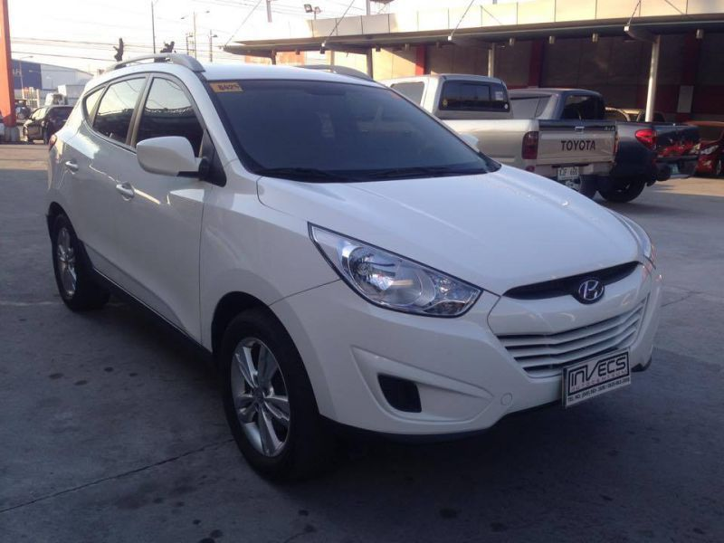 2013 hyundai tucson for sale 47 000 km automatic transmission invecs auto centrum. Black Bedroom Furniture Sets. Home Design Ideas