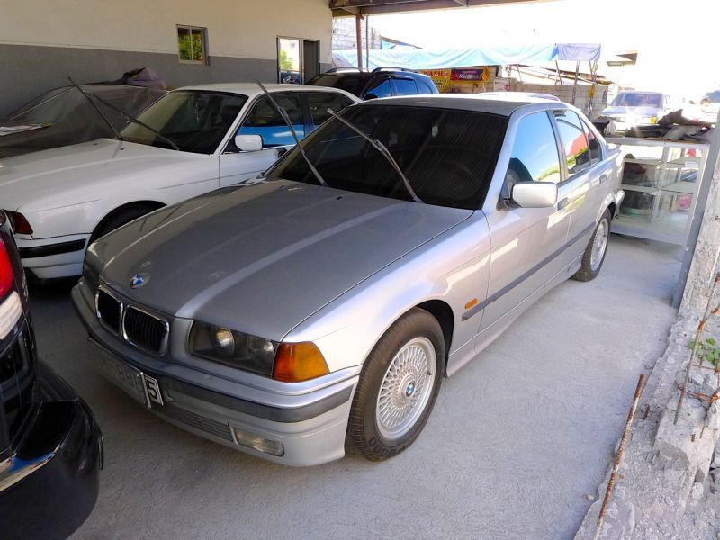 1997 bmw 316 for sale 95 000 km manual transmission jmp auto station. Black Bedroom Furniture Sets. Home Design Ideas