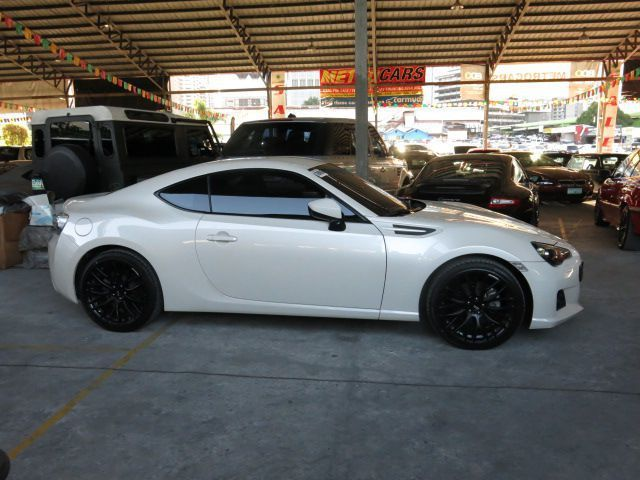 2013 Subaru BRZ for sale   16 000 Km   Automatic ...