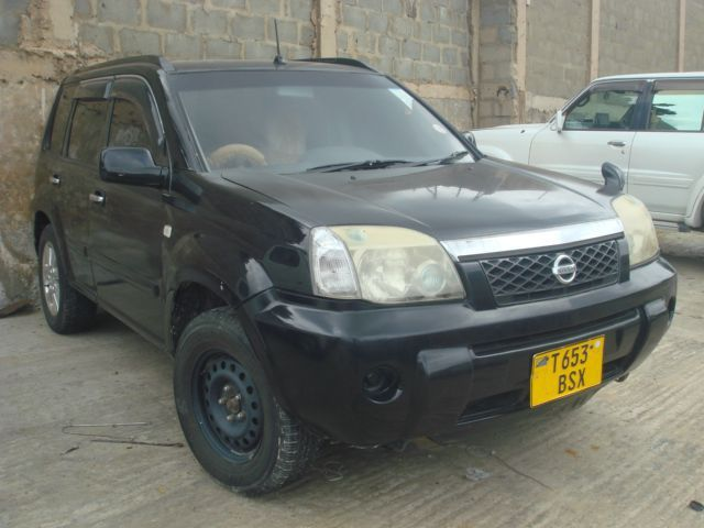 2004 nissan xtrail for sale 149 378 km automatic transmission ecn global services. Black Bedroom Furniture Sets. Home Design Ideas