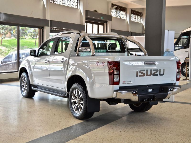 2015 Isuzu Kb 300 Ot6q Lx 4x4 For Sale Brand New Automatic